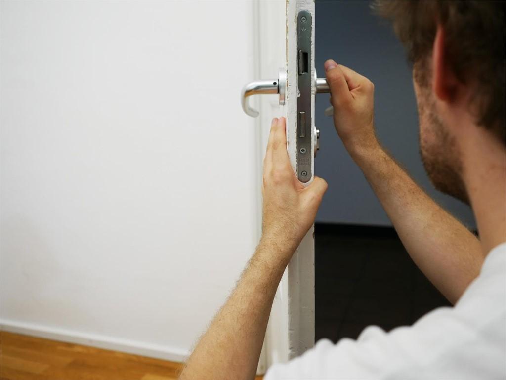 Las herramientas necesarias en la cerrajería